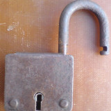 Metal/Fonta - B-lacat, vechi