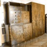 Mobila dormitor - Dulap combinat din lemn masiv placat cu furnir din radacini de nuc - mobilier dormitor