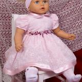Rochie Botez dantela roz .