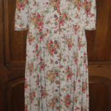 Costum populare - Rochie tiroleza, bavareza, dirndl original, rochie lunga cu nasturi 40