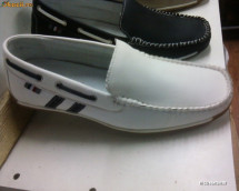 Scarpi Piele 100% import Italia alb si negru gen LOUIS VUITTON ! foto