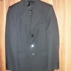 Costum barbati nr. 44, negru, stare impecabila, ieftin!!