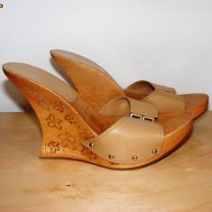 Sandale dama, Marime: 35, Argintiu - Papuci din piele cu talpa de lemn