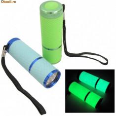 Lanterna - Lanterne fosforescente glow in the dark cu 9 leduri, lumineaza 6-8 h in intuneric