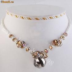 Superb colier fashion cu imitatie de perle si cristale - Colier perle