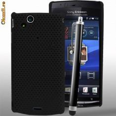 Husa plastic Sony Ericsson SE Xperia Arc X12 + folie ecran, Negru