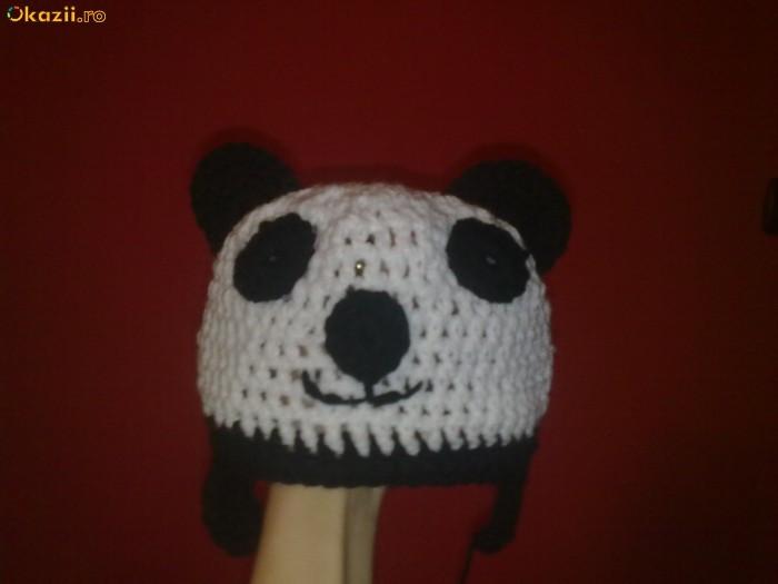 Caciula  ursuletul panda crosetata pt copii mari/ adulti foto mare