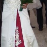 Rochie mireasa model deosebit 54 - Rochie de mireasa printesa