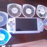 PSP3001+6 JOCURI+HUSA+INCARCATOR+CARD 2GB APROAPE NOU,CULOARE GRI