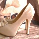 Pantofi dama lac crem, 36