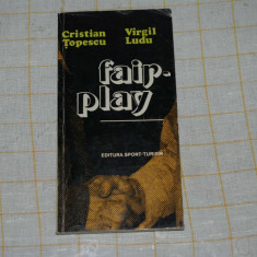 Roman - Cristian Topescu - Virgil Ludu - Fair-play - Editura Sport-Turism - 1980