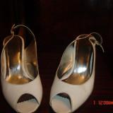 Pantofi albi din piele, decupati-marimea 34 - Pantof dama, Marime: 35