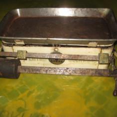 Cantar vechi metal de bucatarie marca Hess, L-30 cm, l-20 cm. - Cantar de Bucatarie