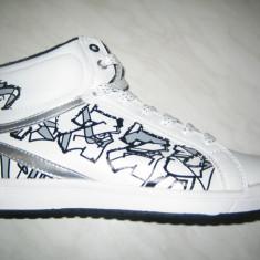 Pantofi sport baieti-fete WINK; cod HS107-2(alb);marime: 36-41 - Adidasi barbati Wink, Marime: 40