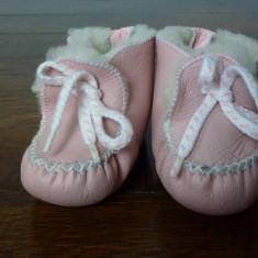Botosei din piele naturala si blanita - Botosi copii, Culoare: Roz