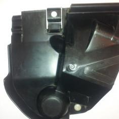 Plastic Protectie yala usa stanga sofer Renault Megane 2(pt an fab '02'09)