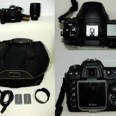 DSLR Nikon - NIKON D200 + Obiectiv NIKKOR 18-135 + Grip original Nikon + Geanta foto
