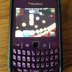 Blackberry 8520, stare buna, cu toc - Telefon mobil Blackberry 8520, Orange