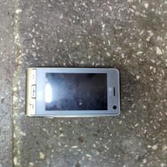 Telefon LG, Gri, 2GB, Neblocat, Touchscreen+Taste, 5 MP - LG KU990i NR TELL 0761725268
