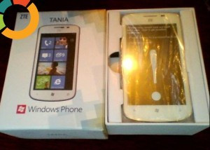 VAND TELEFON ZTE TANIA Windows Phone 7.8 foto mare