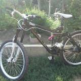 Vand bicicleta downhill dh UMF Freddy 2 2011 - Mountain Bike, 17 inch, 26 inch, Numar viteze: 9, Aluminiu, Negru-Alb