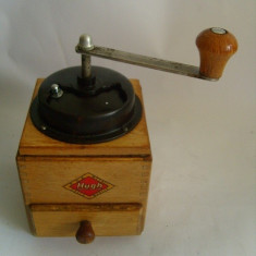 Rasnita Cafea - Rasnita manuala din lemnpt piper / cafea PGH Zella Mehlis Hugh 22cm