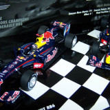 Minichamps RedBull RB6 World Champions 2010 Set 1:43 - Macheta auto