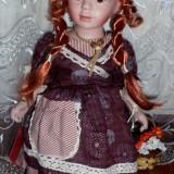 Papusa portelan-Anabelle-mica florareasa
