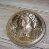 Placheta veche cu Isus in basorelief din anii 1920.Diametrul:15, 5cm.