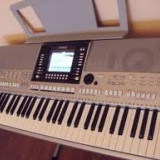 Orga - Yamaha psr 910s