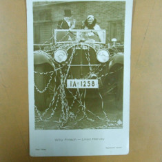 Carte postala Willy Fritsch - Lilian Harvey in autoturism Mercedes cu pahare sampanie - Carte postala tematica