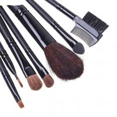 Make Up. TRUSA Pensoane Machiaj PROFESIONALA. 7 pensule machiaj . Pensoane Make Up. + BORSETA Inclusa. - Trusa make up