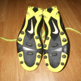 Ghete fotbal Nike, Marime: 40, Negru, Copii - Fotbal / Ghete