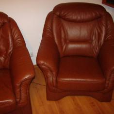 Ocazie: Set canapea 3 locuri + 2 fotolii din piele naturala, Canapele fixe