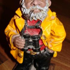 Figurina Marinar Batran cu binoclu / din LEMN Altele, Peste 12 ani
