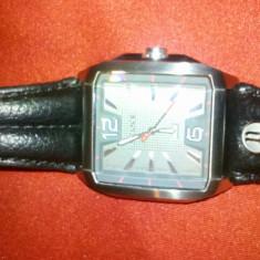 Ceas Police model 13398J - Ceas barbatesc Police, Casual, Mecanic-Manual, Inox, Piele, Analog