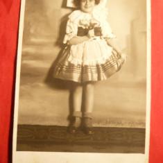 Ilustrata- Fotografie - Fetita in costum popular maghiar, interbelica - Carti Postale Romania dupa 1918