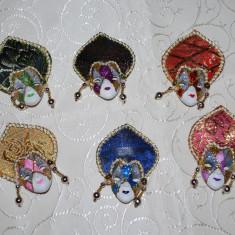 Marturii nunta/botez masca venetiana cu magnet model Cercei, CEL MAI MIC PRET DE PE PIATA, mascuta, venetia, masti