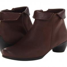 Boots femei ECCO Sculptured Folded Zip Bootie | 100% originals | Livrare cca 10 zile lucratoare | Aducem pe comanda orice produs din SUA - Cizme dama