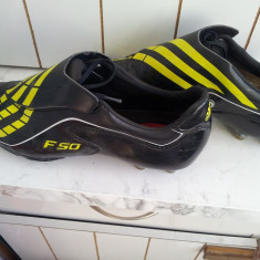 Ghete fotbal Adidas, Barbati - Ghete footbal ADIDAS F50 model TUNIT 50.9 masura 43 in magazin 900 ron