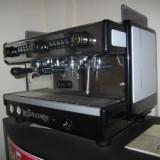 Masina de facut cafea LaSpaziale - Espressor automat, Cafea macinata, Peste 2 l