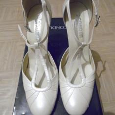 Pantofi Bej Perlat CONDUR nr.37 - Pantof dama CONDUR by alexandru
