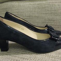 Vand pantofi Guban nr 39 sau 26 - Pantofi dama, Piele intoarsa