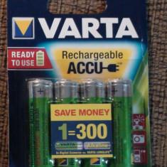 Baterie Aparat foto Varta, Tip AA (R6) - Acumulatori Baterii Reincarcabile AA VARTA Ni-MH 2600mAh R6 4 buc. Rechargeable