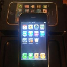 Vand iPhone 3G Apple, Negru, 8GB, Neblocat