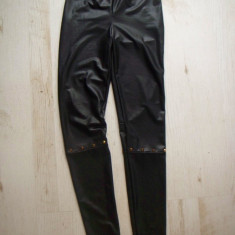 Pantaloni dama - Colanti imitatie piele, cu tinte de jur imprejurul genunchiului xs/s + extra 10% reducere la orice cojoc zara/geaca de iarna