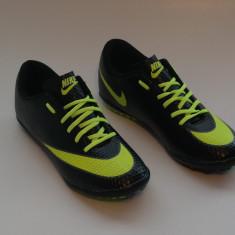 Ghete fotbal Nike, Asfalt, Sala, Teren sintetic, Iarba - Ghete / adidasi fotbal NIKE MERCURIAL
