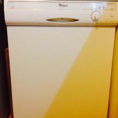 Masina de spalat vase Whirlpool