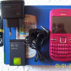 Telefon mobil Nokia C3, Roz, Neblocat - Nokia C3
