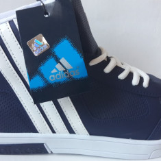 Ghete Adidas Neo barbati